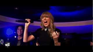 """OFF LIVE - Taylor Swift """"I Knew You Were Trouble"""" Live On The Seine, Paris"""