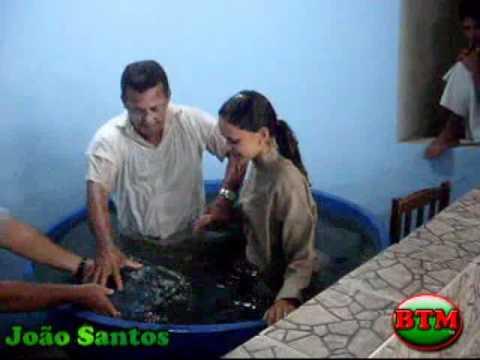 Batismo dos Membros da Igreja Batista Monte Hebron em Solidão - PE.flv
