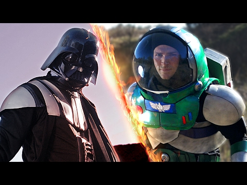 Buzz Lightyear vs Darth Vader