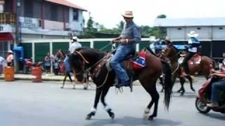 Desfile De Los Vaqueros, Feria De Rio Dulce