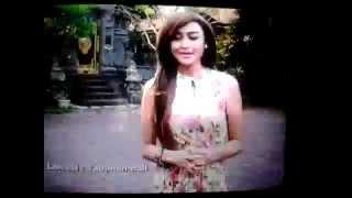 Video Presenter Cantik Silet Zeda Salim di Resepsi Pernikahan Raffi & Nagita di Bali MP3, 3GP, MP4, WEBM, AVI, FLV Desember 2017