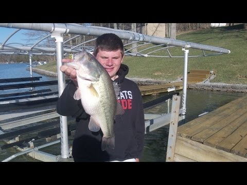 Spring time bass fishing jerkbaits for Best time for bass fishing