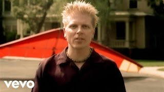 The Offspring - Why Don't You Get A Job? (Official Music Video)