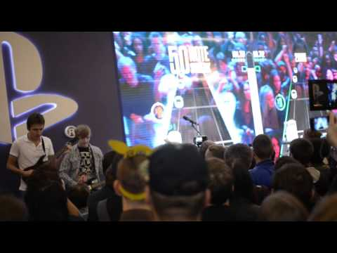 Финал турнира по Guitar Hero Live на Игромире 2015