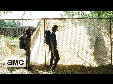 The Walking Dead 7.12 (Clip)