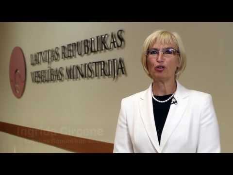 Veselības ministre Ingrīda Circene sveic Latvijas Ārstu biedrību 25 gadu jubilejā.