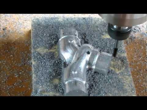 moldes de aluminio - Teste para um cliente, usinar um molde em aluminio fundido.