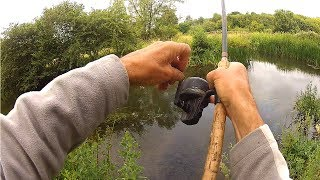 A last minute idea to visit a section of river he had never fished before put the pressure on Graeme as he tried to find a fish or two. Low water conditions meant the fish were located in small pockets. Using the headcam he gets you a first person view as he moves up the river looking for the best fishing spots. Then he hits the jackpot....watch the film to see how he did!► Download our Free Digital Fishing Magazine: http://www.awesomeangler.co.uk► Become a Patron for monthly Q&A and Behind the Scenes: https://www.patreon.com/totallyawesomefishing?ty=h► Check out the Salt Life YouTube Channel: https://www.youtube.com/c/saltlife▬▬▬▬▬▬▬ FOLLOW US ▬▬▬▬▬▬▬• Instagram → https://www.instagram.com/tafishingofficial/• Facebook → https://www.facebook.com/totallyawesomefishing• Snapchat → tafishing• Twitter → https://twitter.com/tafishing• Our website & DVDS → http://www.totallyawesomefishing.com• Google+ → https://plus.google.com/+TAFishing/posts▬▬▬▬▬▬▬ FILMING GEAR WE USE ▬▬▬▬▬▬▬Main Camera - SonySecondary Camera - http://amzn.to/2jXo3C0DSLR Camera - http://amzn.to/2bXaO1YLaptop Editing Computer - http://amzn.to/2g4LMd4GoPro Chest Mount - http://amzn.to/2cjvTBLGoPro Head Mount - http://amzn.to/2bXdwo4Drone - http://amzn.to/2bXd0GIMike's Camera Microphone - http://amzn.to/2bThNbbThese are Amazon associate links ▬▬▬▬▬▬▬ TAF CLOTHING & MERCH ▬▬▬▬▬▬▬UK Clothing Store → http://totallyawesomefishing.spreadshirt.co.uk/Europe Clothing    → http://totallyawesomefishing-eu.spreadshirt.net/US Clothing Store → http://totallyawesomefishing.spreadshirt.com/▬▬▬▬▬▬▬ FISHING PLAYLISTS ▬▬▬▬▬▬▬SEA FISHING: https://www.youtube.com/playlist?list=PLlJDPmb6OexrDnAFNBNJez8zRe4EECDZYBEACH FISHING: https://www.youtube.com/playlist?list=PLlJDPmb6OexpRHtX7Wp_3lDa6hAmChIuhCARP FISHING: https://www.youtube.com/playlist?list=PLlJDPmb6OexrY3ZHJk6KIAva6yZgyL9NoFLY FISHING: https://www.youtube.com/playlist?list=PLB995E0AF38A6353FPIKE, PERCH & ZANDER: https://www.youtube.com/playlist?list=PLlJDPmb6Oexpa4bpAx