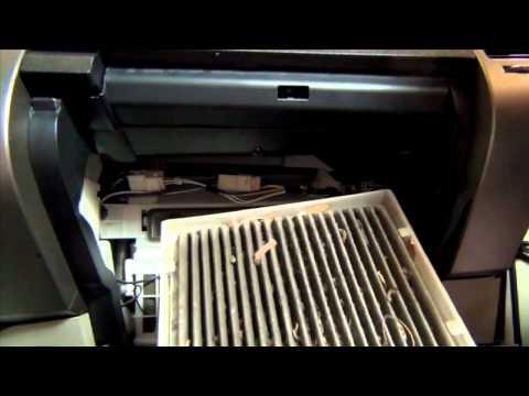 How to replace Toyota Prius Cabin Filter – 04-09 – LubeUdo.com