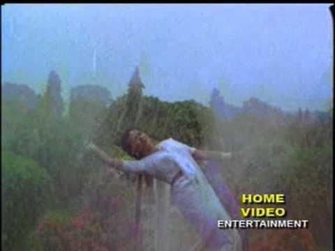 Video Auradha sings 'Pheri Aasila Puni Barasa..' in Odia Movie 'Kanyadan' download in MP3, 3GP, MP4, WEBM, AVI, FLV January 2017