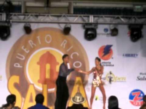 Fernando Palacios and Zuanette Serrano 2nd place champions