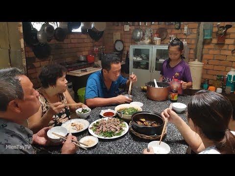 Food For Good #202: Tô mì bò kho Bồi Ký Mì Gia lừng danh Saigon Đakao nửa thế kỷ - Thời lượng: 21 phút.