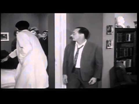 "Video - Νικήτας Πλατής. Ο ""κύριος σουρ"" του τηλεοπτικού Μεθοριακού Σταθμού που ήθελε να χειρουργήσει τον Ηλιόπουλο πάνω από τα ρούχα. Πρόεδρος του Σωματείου Ηθοποιών και γυναικοκατακτητής"