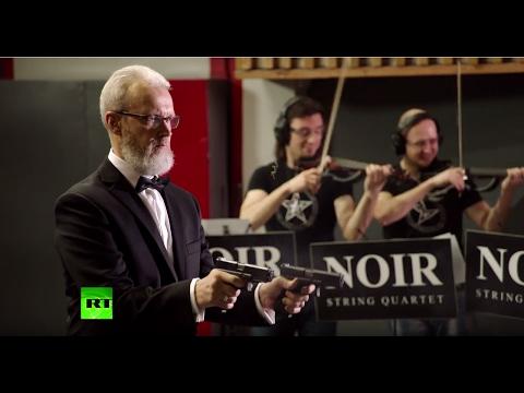 Убойная классика: стрелок исполняет Штрауса на пистолетах - DomaVideo.Ru