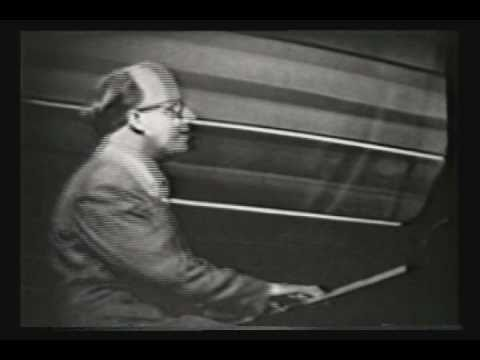Tekst piosenki George Shearing & The King's Singers - Lullaby Of Birdland po polsku