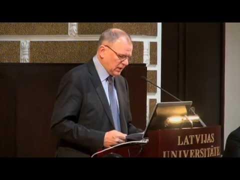 """Lietuvas Republikas veselības ministrs piedalās konferences """"Veselība izaugsmei"""" atklāšanā."""