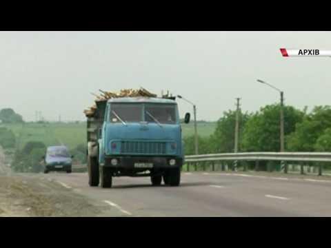 У Рівному поліція забороняє рух вантажівок через спеку [ВІДЕО]