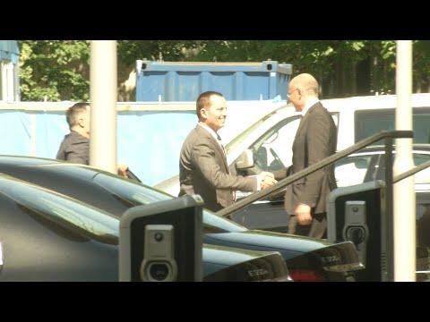 Umstrittene Äußerungen: US-Botschafter trifft im Ausw ...