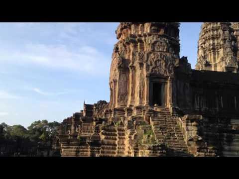 Angkor Wat at dawn. Por Andrea Varas (8,5)