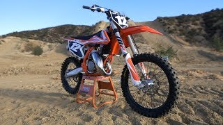 Video First Ride 2018 KTM 125SX 2 Stroke - Motocross Action Magazine MP3, 3GP, MP4, WEBM, AVI, FLV September 2018