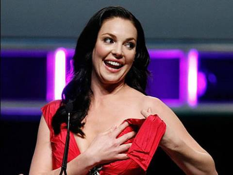 Katherine Heigl Has Wardrobe Malfunction in Las Vegas Red Dress!!! (DayTimeJeff's ...