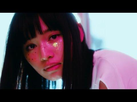 , title : 'マカロニえんぴつ「洗濯機と君とラヂオ」 MV'
