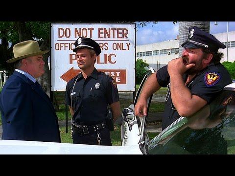 Preview Trailer I due superpiedi quasi piatti, trailer del film con Terence Hill e Bud Spencer