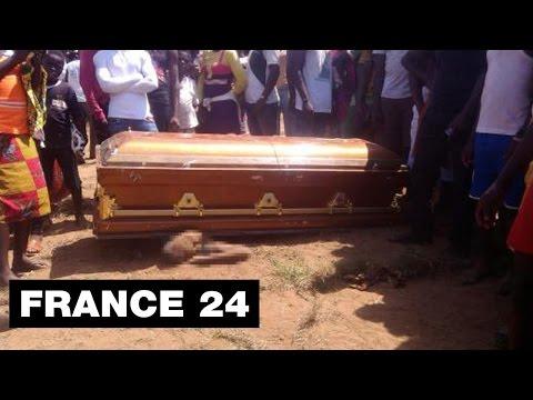 Cote - Abonnez-vous à notre chaîne sur YouTube : http://f24.my/ObsYT Le cercueil tueur ! Notre Observateur nous plonge dans une cérémonie mystique qui a eu lieu au sud de la Côte d'Ivoire :...