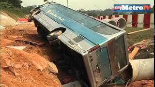 27 Apr 2014 ... Perlintasan kereta zigzag mengerikan, cuma ada di india. ... Pemandu Maut, nKenderaan Rempuh Tembok Plaza Tol Sungai Besi - Duration:...