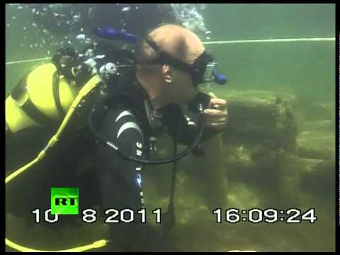 how to become an underwater archaeologist