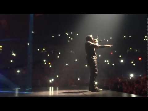 Jay Z & Kanye - Flashing Lights - Watch The Throne Tour - UK (HD)