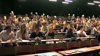Pédagogie active. Le vote en amphithéâtre à l'université Grenoble Alpes
