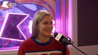 Video Anne-Marie Talks Being 'Friend Zoned', Touring with Ed Sheeran and that Marshmello Collab! 👊 MP3, 3GP, MP4, WEBM, AVI, FLV Juli 2018