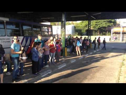 Paralisação de ônibus em Vinhedo