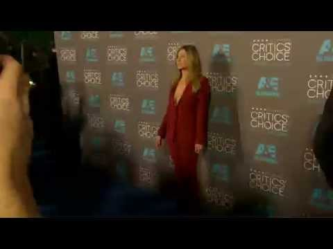 Critics Choice Awards 2015: Jennifer Aniston Red Carpet