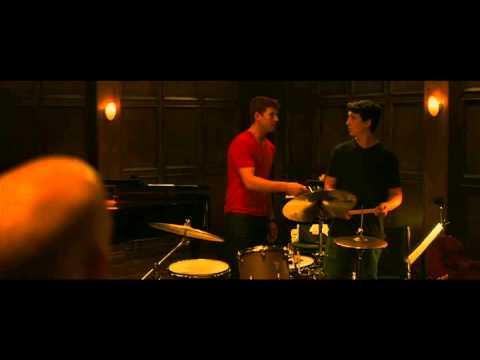 Whiplash (Clip 'Crack at It')