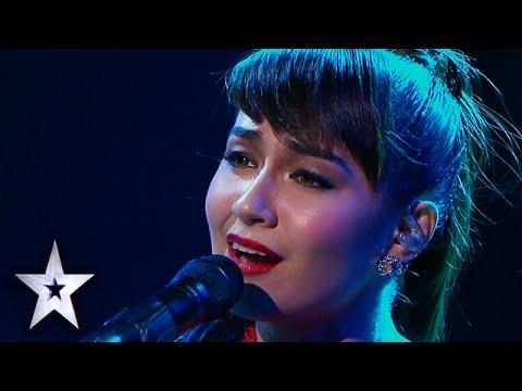 [Asia's Got Talent 2015] Cô gái được trời cho giọng hát OPERA