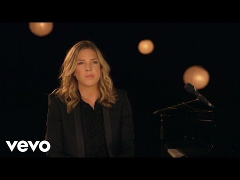 Diana Krall - I'm Not In Love (Clip)