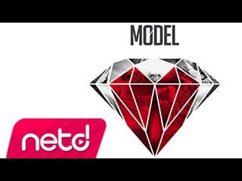 Model – Sen Ona Aşıksın
