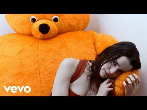 Tekst piosenki Melissa Mars - Papa m'aime pas po polsku