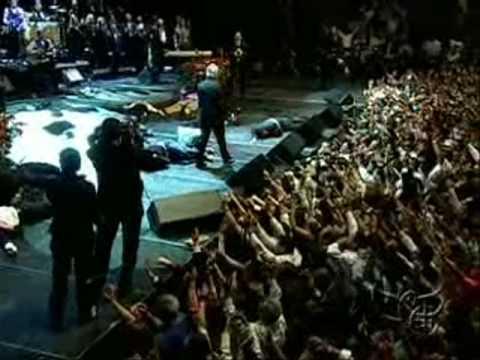 Benny Hinn - Incredible Demonstrations of God's Power