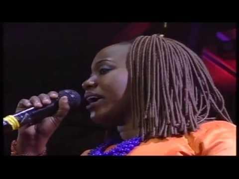 Laura Abios Live  - GOD