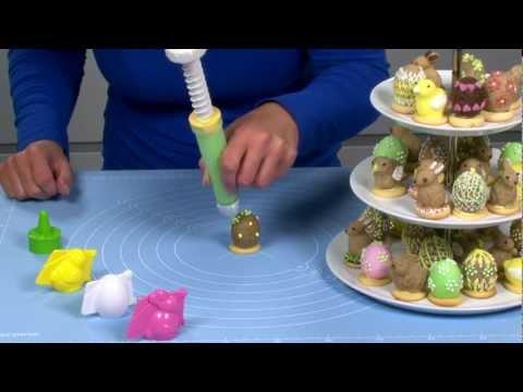 Видео Формочки для печенья из пластмассы  Формочки для печенья с начинкой DELICIA, 3 пасхальных формы Tescoma 631648