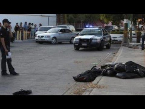 Autoridades encuentran 11 bolsas con restos humanos en Azcapotzalco
