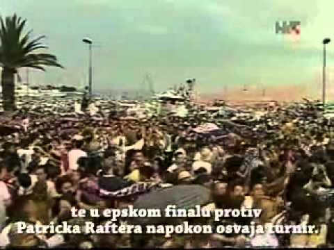 ivanisevic - Goran Ivanisevic gets a hero's welcome in his hometown of Split after winning the 2001 Wimbledon title. Goranov nezaboravni doček u njegovom rodnom gradu. p....