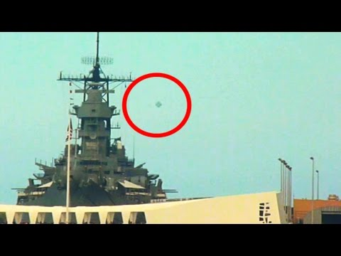 Best UFO Sightings Flying Saucers Mystery Objects In The Sky March 2015 HD