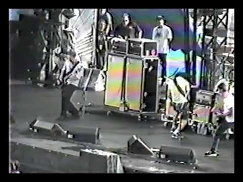 Foo Fighters - Edgefest 98, Lansdowne Park, Ottawa, ON, Canada (29/06/1998) (видео)