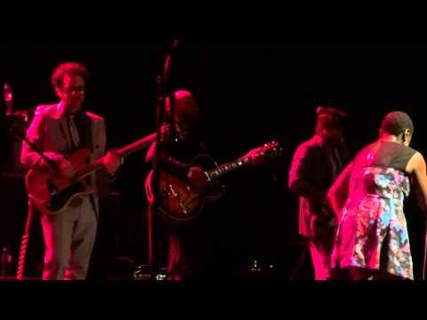 Sharon Jones & The Dap Kings Live @ Olympia - Paris, France