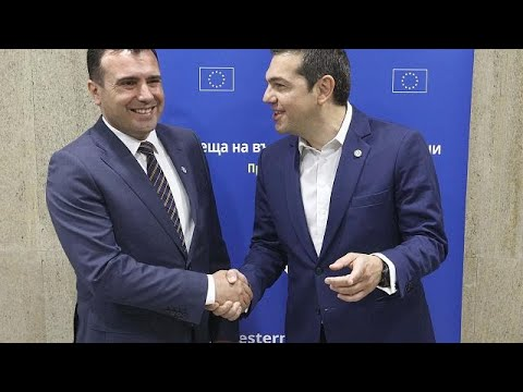 «Ιστορική συμφωνία» λένε Τσίπρας και Ζάεφ για το νέο όνομα της πΓΔΜ…