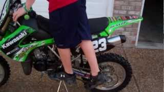 8. 2009 KX 85 Review and start up!